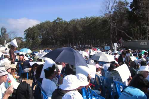 First Anniversary Ceremony of the Asian Tsunami in Thailand - December 2005